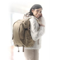 Τσάντα πλάτης explorer € 15,00
